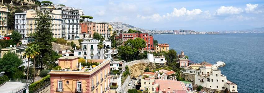 Napoli matkaopas – Parhaat nähtävyydet & suositukset